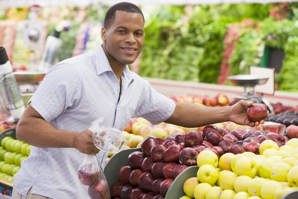 tips-for-saving-money-at-the-grocery1987657654-apr-16-2012-600x400