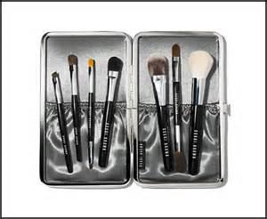 bobbi-brown-luxe-makeup-brush-set