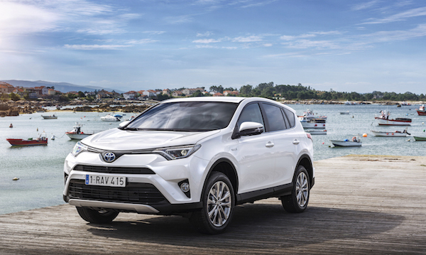 RAV4_Hybrid_31_Sept2015-copy copy