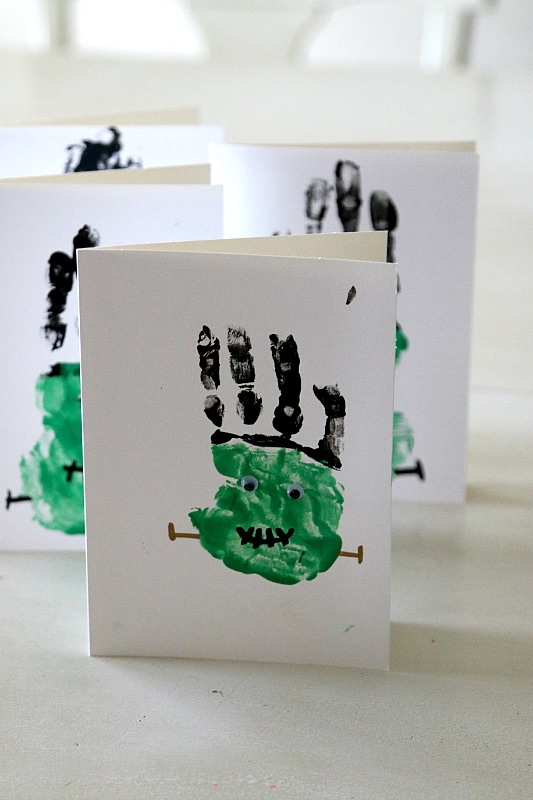 frankenstein_handprint_craft-copy