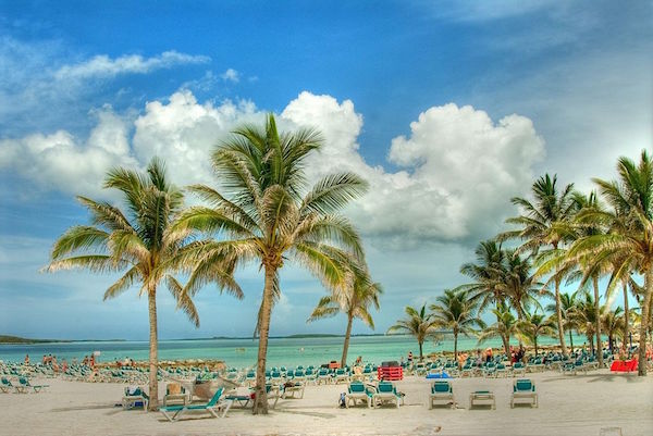 beaches_in_nassau_bahamas-copy