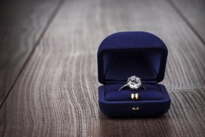engagement ring sales