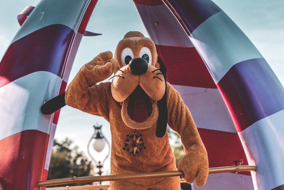 Goofy on Disneyland